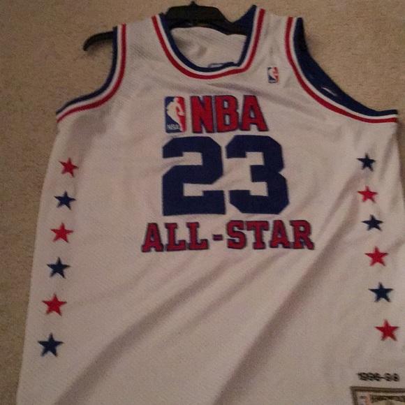 online store 51f23 cebf2 Auto graph Michael Jordan all star jersey